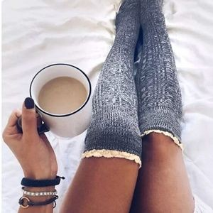 Knitted Gray High Rise Socks